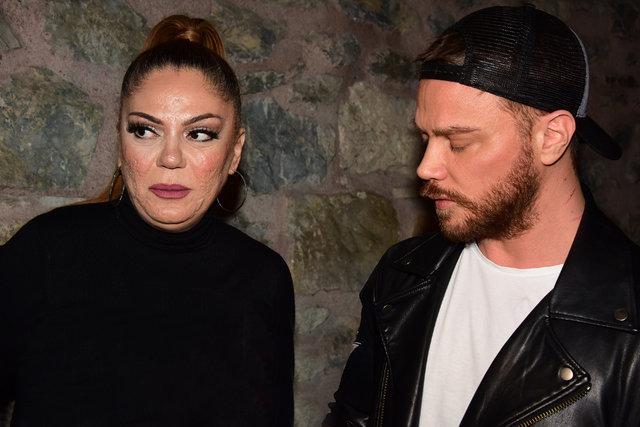 Şarkıcı İzel albüm için ameliyatını erteledi