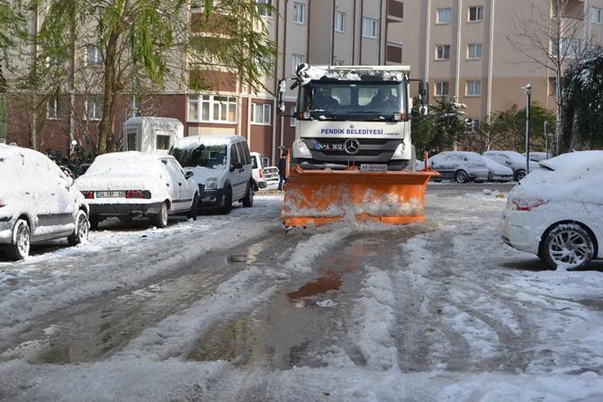 Pendik kar yağışına karşı önlemlerini aldı