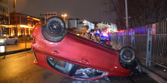 Balat Sahilde sürücüsünün hakimiyetini kaybettiği otomobil takla atarak durabildi