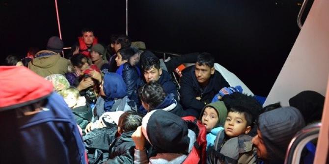 İzmir'de 52 kaçak göçmen yakalandı