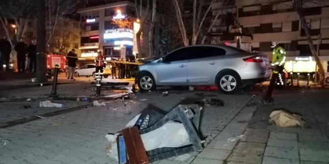 Bağdat Caddesi'nde feci kaza: 1 kişi ağır yaralandı