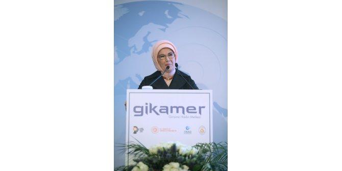 Emine Erdoğan Girişimci Kadın Merkezi'nin tanıtım toplantısında konuştu