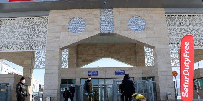 Van- İran sınırında giriş çıkışlar devam ediyor