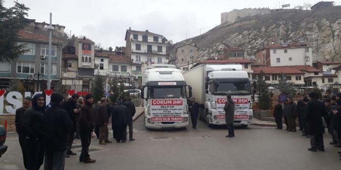 Çorum'dan İdlib'e 2 tır yardım gönderildi