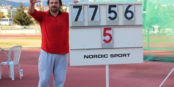 Milli atlet Eşref Apak, 5'inci kez olimpiyat vizesi aldı