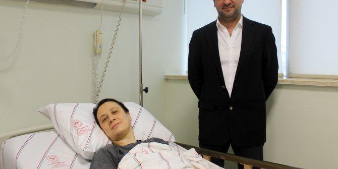 Böbrek üstü bezlerine zarar verilmeden tümör alındı