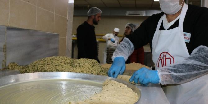 Diyarbakır'da günlük 6 ton kadayıf tüketiliyor