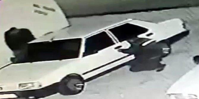 Kameradaki otomobil hırsızlığı şüphelileri tutuklandı