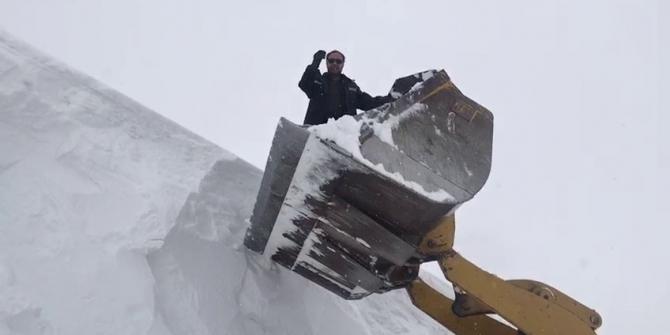 Kar kalınlığı 6 metreyi aştı