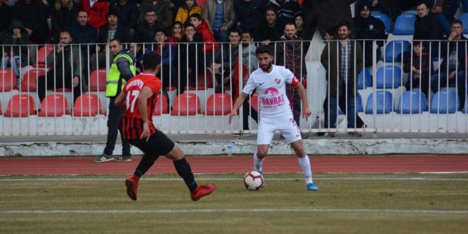 Isparta 32 Spor, Sarayköyspor'u 1-0 mağlup etti