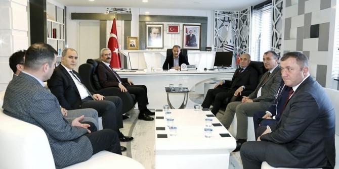 Karayolları Genel Müdürlüğü heyetinden Kılınç'a ziyaret
