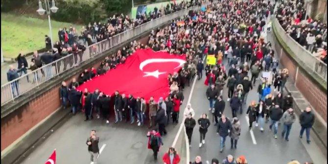 Hanau'da terör ve İslamofobi karşıtı yürüyüş