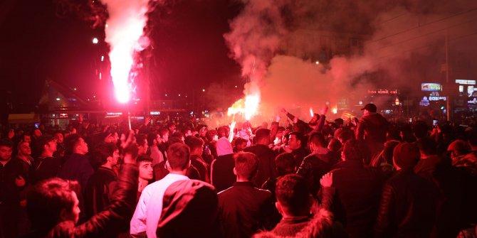 Gaziantep'te Galatasaray taraftarları kutlama yaptı