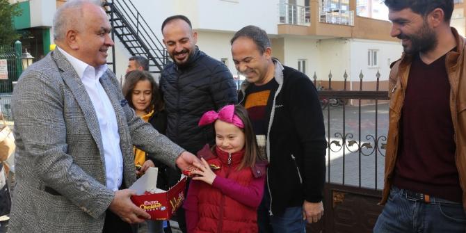 Başkan Tollu'ndan sınava giren öğrencilere moral ziyareti