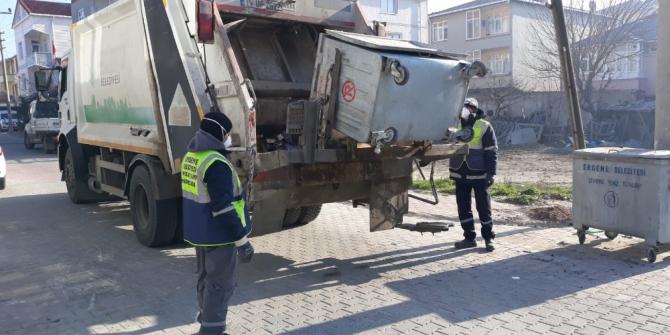 Ergene Belediyesi temizlik personeli kesintisiz çalışıyor