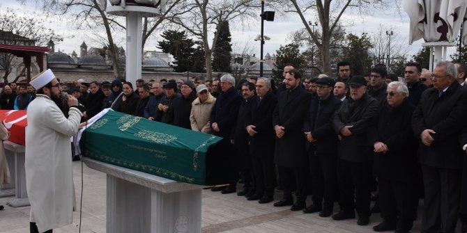 Bakan Albayrak İ.Ü. Cerrahpaşa Rektörünün annesinin cenaze törenine katıldı