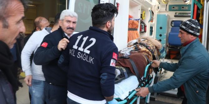 Siirt'te araç şarampole devrildi: 3 yaralı