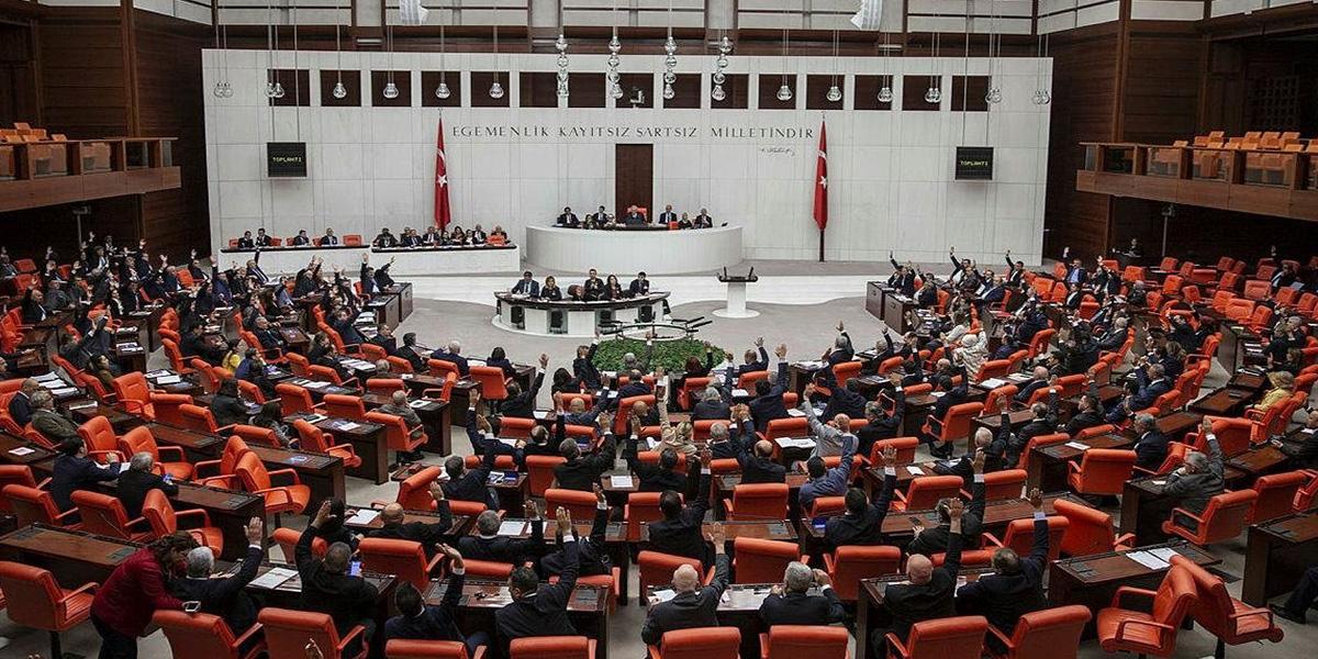 HDP yine Türkiye'den yana olamadı! TBMM ortak bildirisine imza atmadı