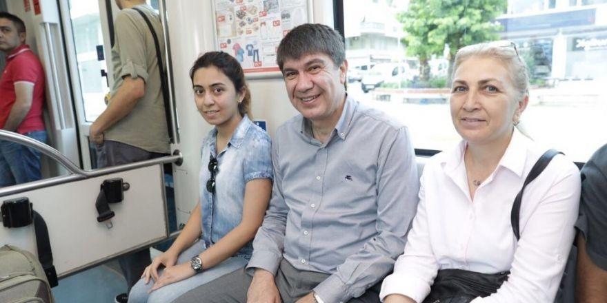 Başkan Türel tramvayda vatandaşı dinledi