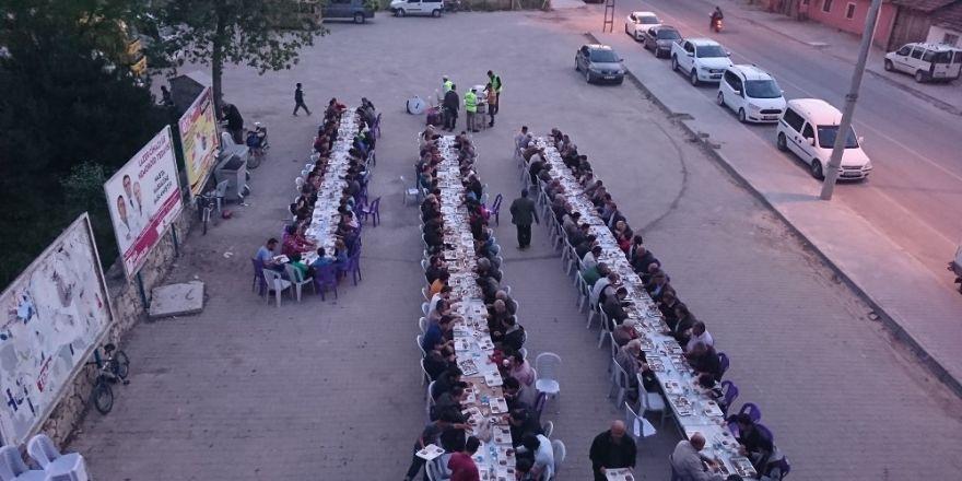 Oklubalı Mahallesinde iftar programı
