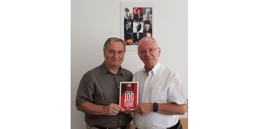 """YDÜ'den """"Bilime Yön Veren 100 Türk Bilim Adamı Sıralamasına"""" girme başarısı"""
