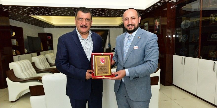 Başkan Gürkan MTTB Başkanı Karayel'i makamında ağırladı