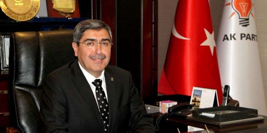 AK Parti Gaziantep İl Başkanı Mehmet Eyup Özkeçeci'den Kadir Gecesi mesajı