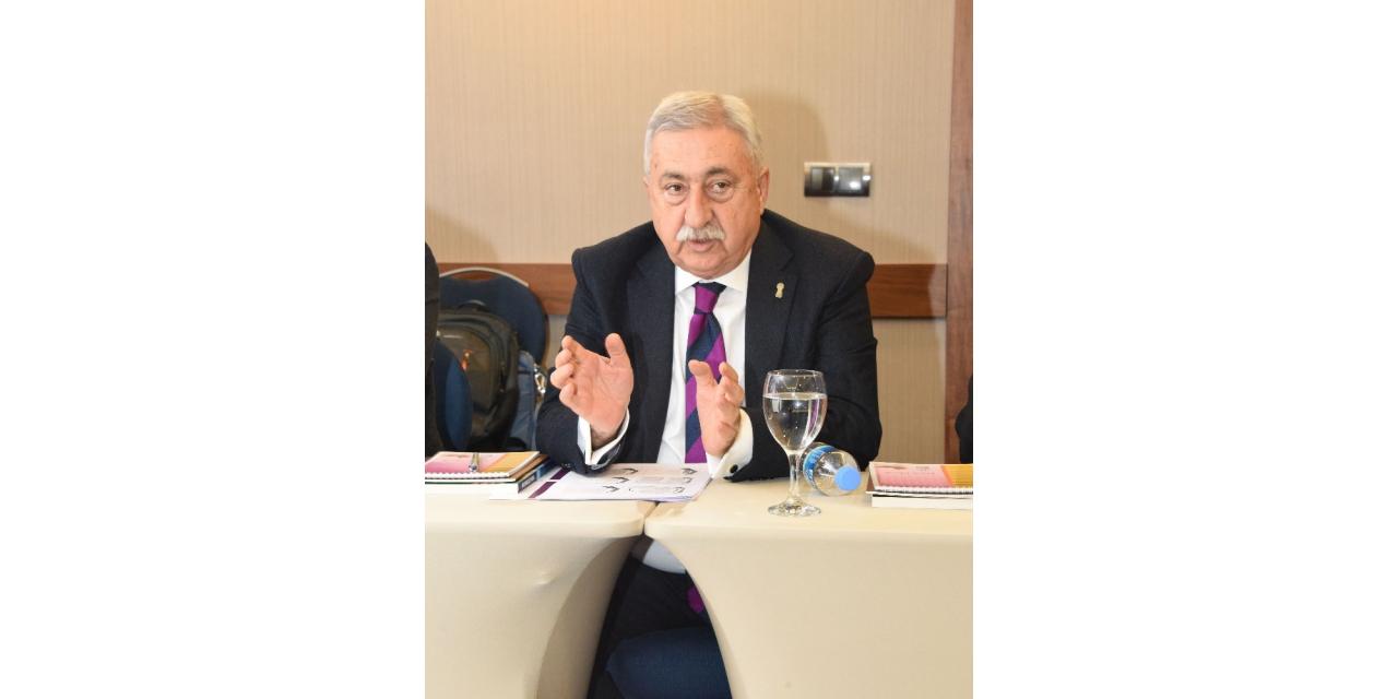 """TESK Genel Başkanı Palandöken: """"Temizlik için gerekli hiçbir şeyden vergi alınmamalı"""""""