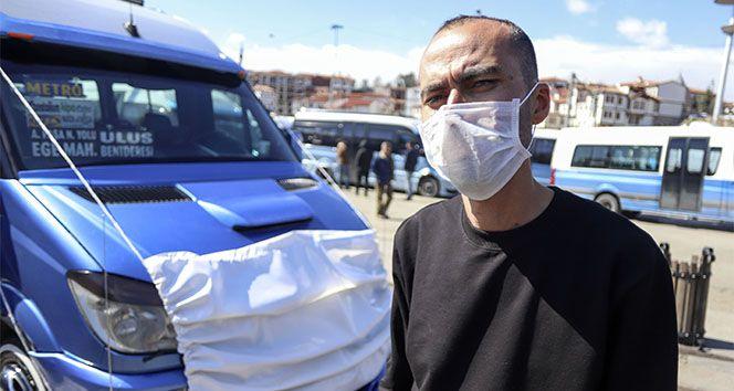 Ankara'da dolmuş şoförü koronavirüse böyle dikkat çekti