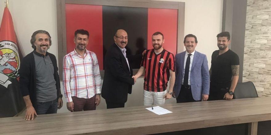 Van Büyükşehir Belediyespor'da dev transfer