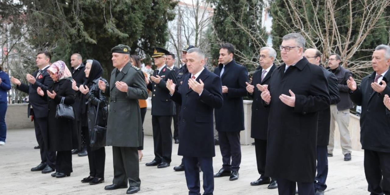 Kırklareli'de Çanakkale Zaferi'nin 105. yılında sakin tören