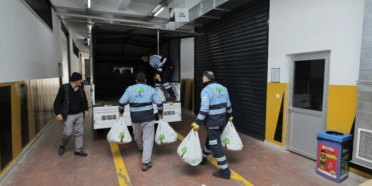 Şehitkamil'den tedbir amaçlı temizlik malzemesi yardımı