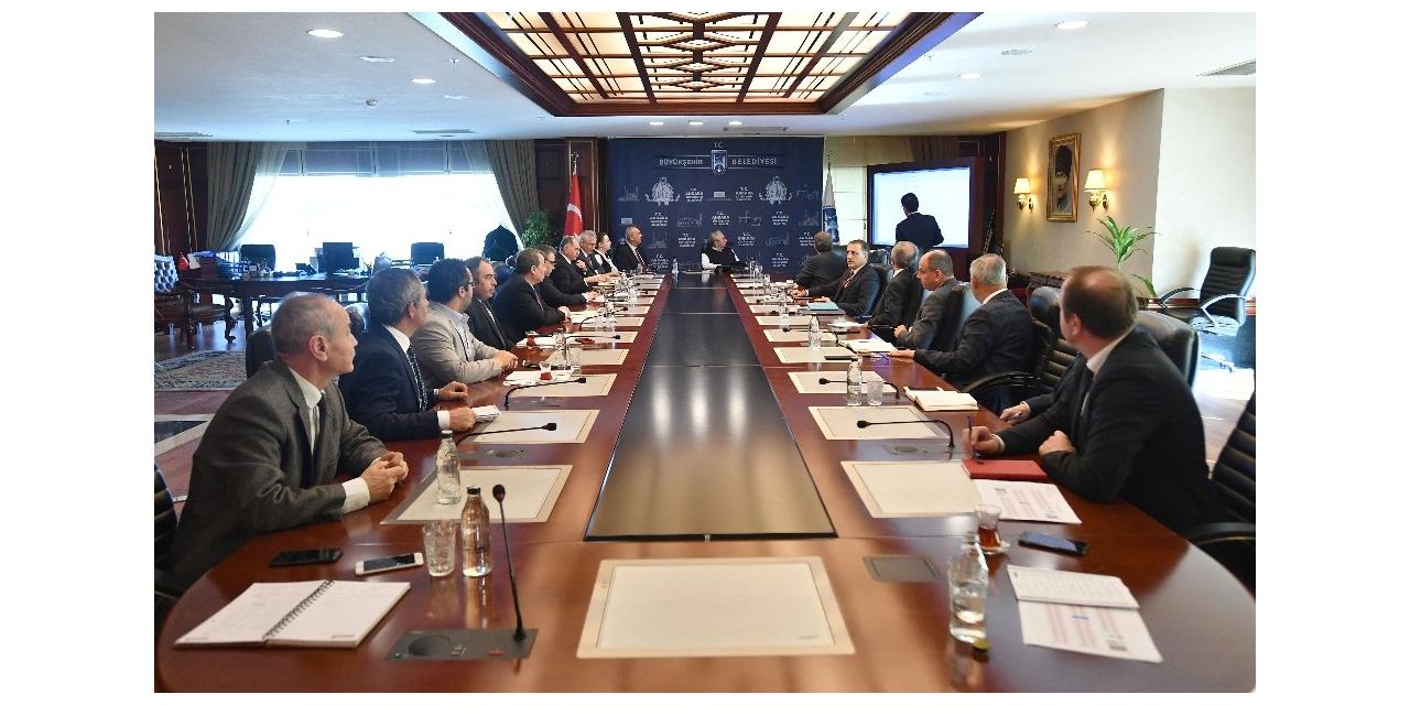 Ankara Büyükşehir korona virüsle mücadelede Kriz Yönetim Merkezi kurdu