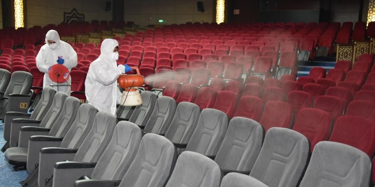 Yunusemre'de virüs seferberliği sürüyor