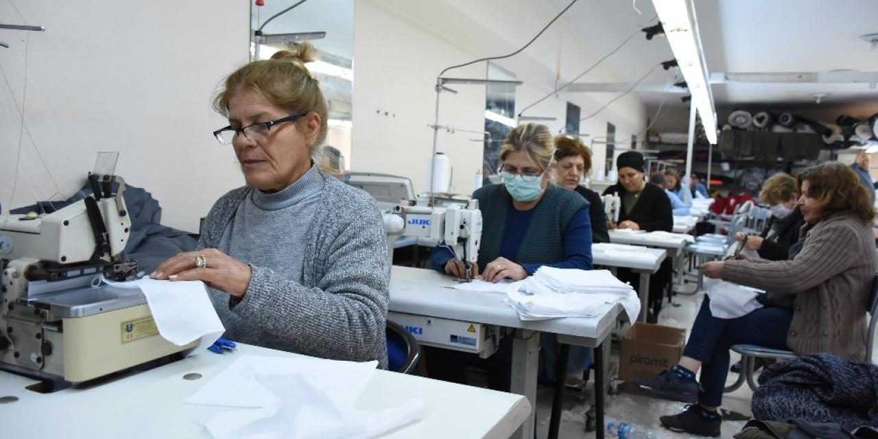 Tarsus Belediyesi maske üretimi için harekete geçti