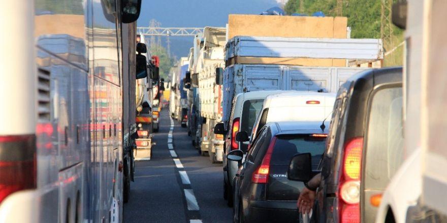 Bolu Dağı trafiği felç oldu