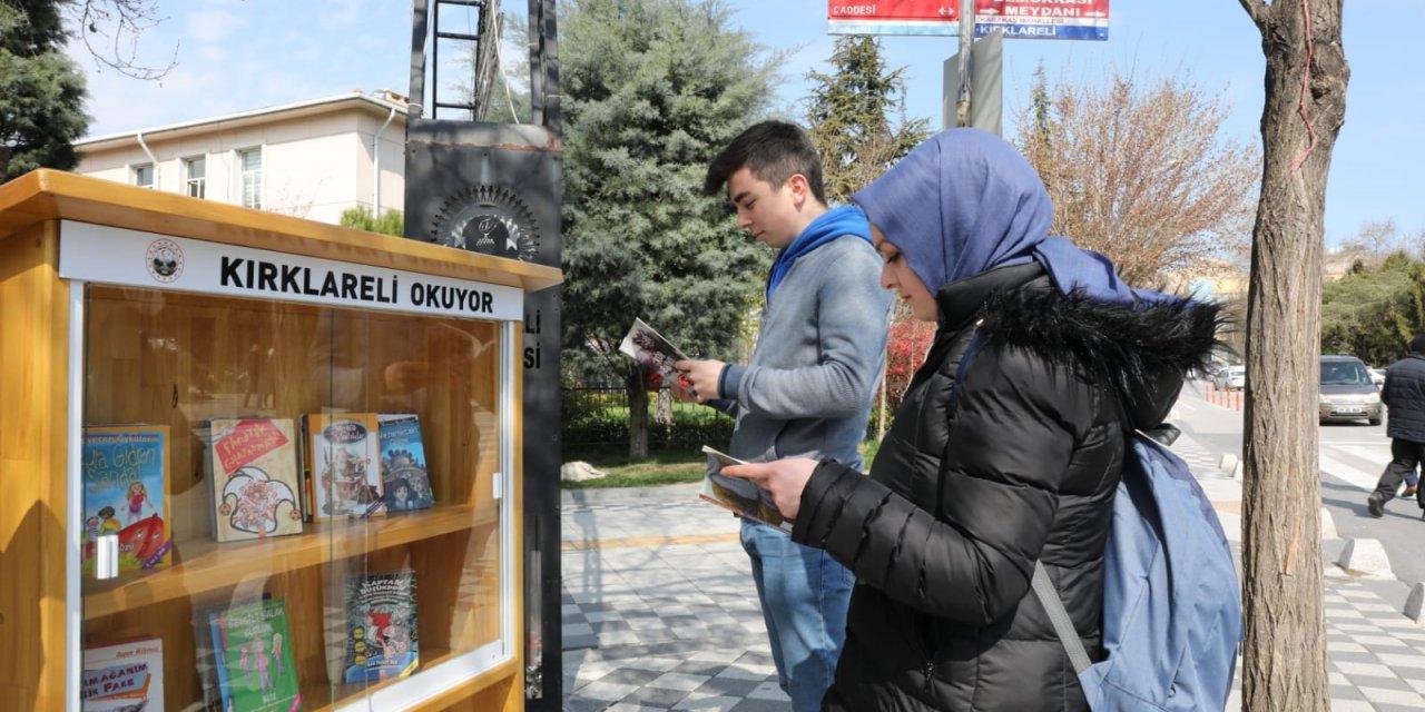 Kırklareli'de, altın ödüllü 'Panik yapma kitap oku' etkinliği