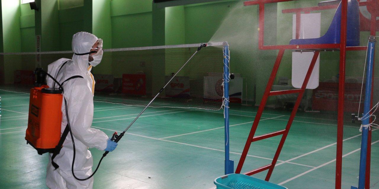 Badminton Olimpiyat Hazırlık Merkezi dezenfekte edildi