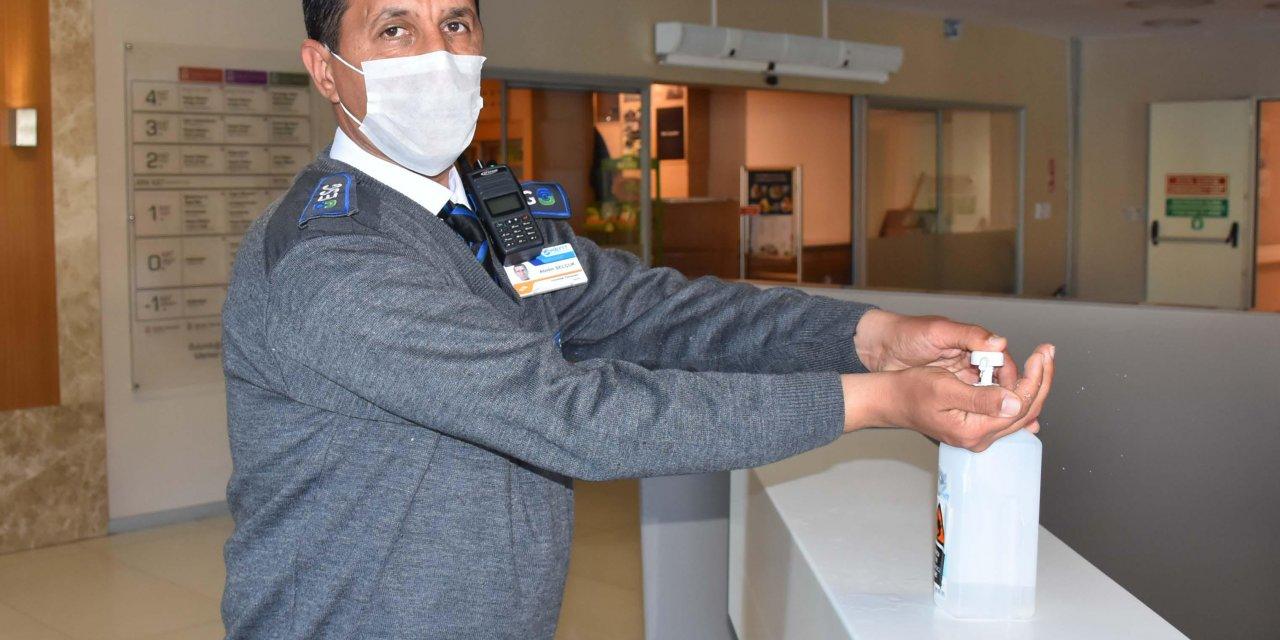 İzmir'de hastanelerde 'koronavirüs' önlemi