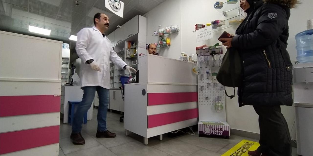 Eczaneden Korona virüse karşı ultraviyole ışık önlemi