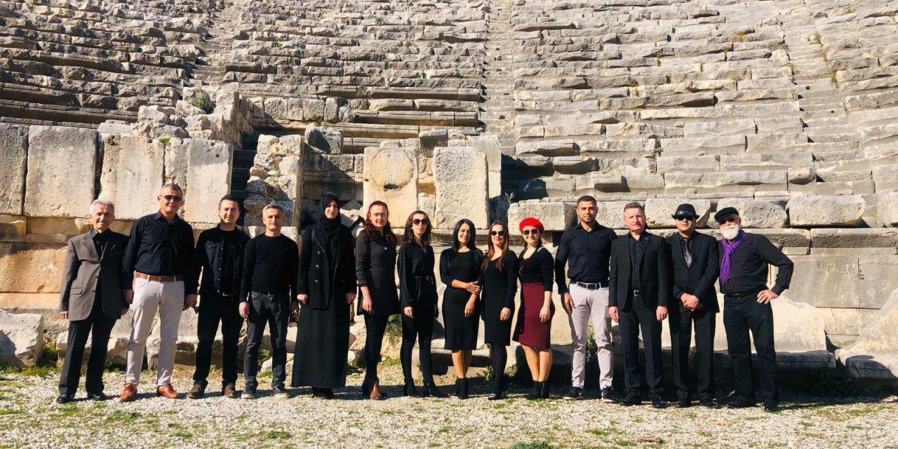Çanakkale türküsüne tarihi mekanlarda klip çektiler