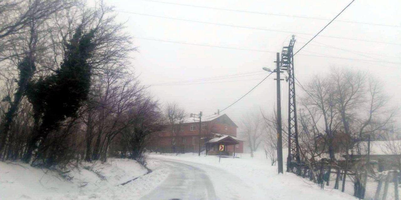 Kocaeli'nin yüksek kesimlerinde kar yağışı