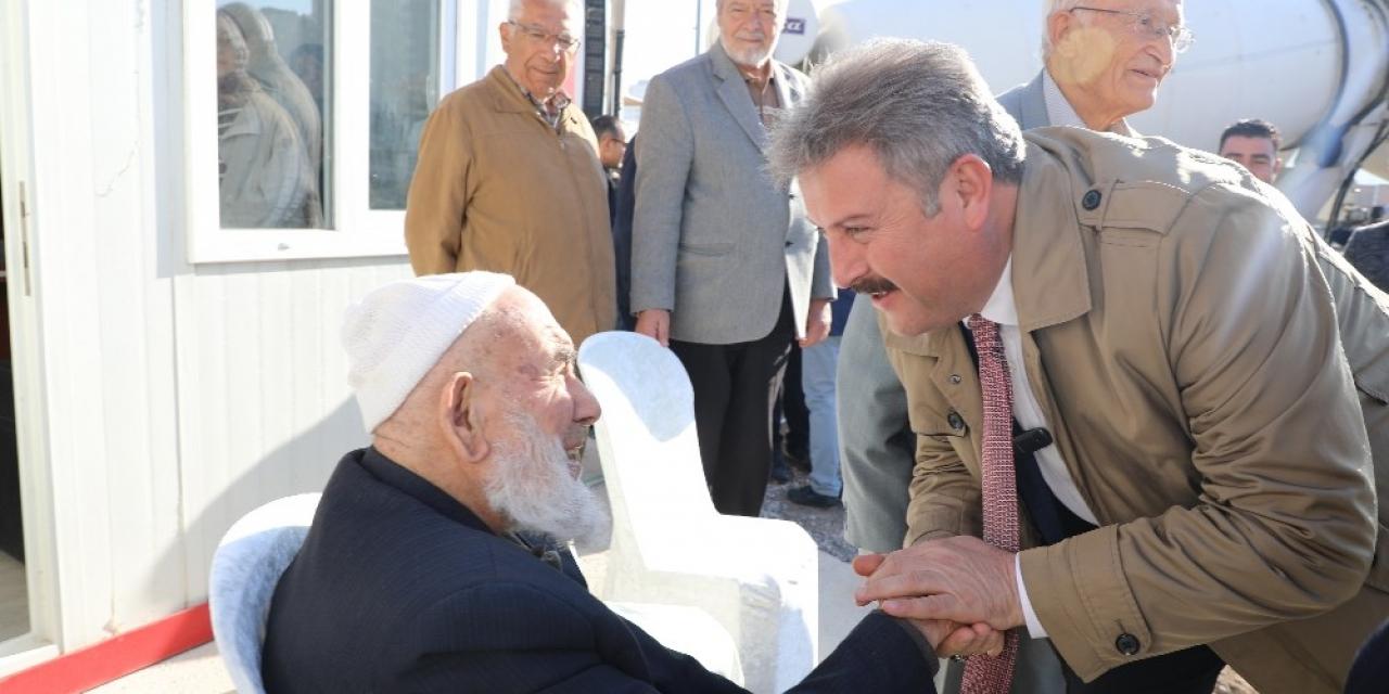 Melikgazi Belediyesi emekli vatandaşları unutmadı