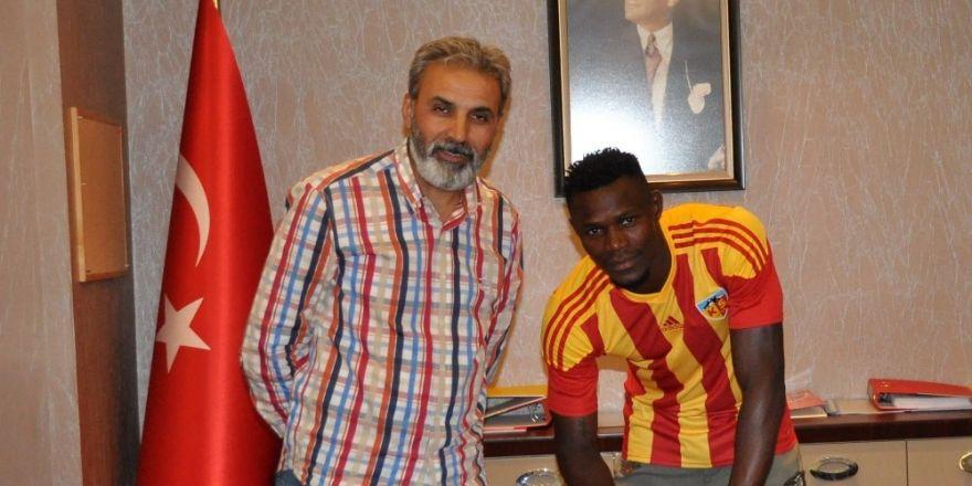 Stephane Badji Kayserispor'da