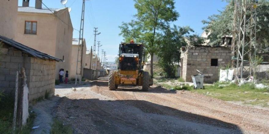(düzeltme) Şemsibey Mahalle Muhtarı Aydoğmuş'tan Tuşba Belediyesine teşekkür