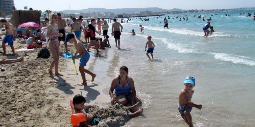 Çeşme'de deniz sonuçları temiz çıktı