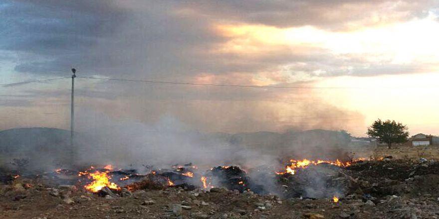 Burhaniye'de bu çöplük hep yanıyor