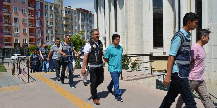 FETÖ/PDY operasyonunda 14 kişi adliyeye sevk edildi