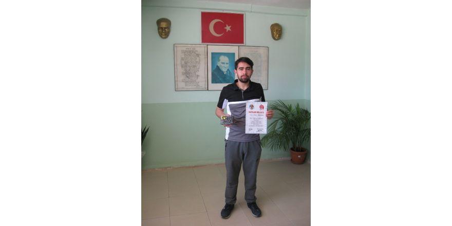 Pazaryeri HEM satrançta ödül kazandı