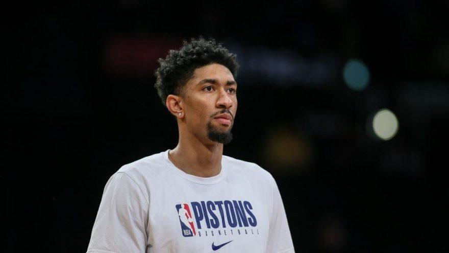 NBA'de koronayı yenen ilk oyuncu oldu!